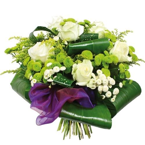 bukiet ostatnia droga, bukiet żałobny, bukiet pogrzebowy z białych róż, solidago, santini, zielenią dekoracyjną i fioletową wstążką