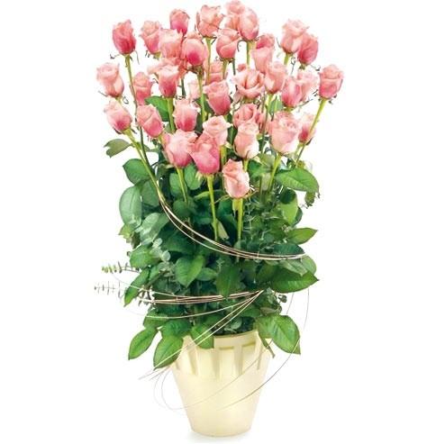 Różowe róże w naczyniu, kwiaty zakochanych, Kompozycja Różowa łuna