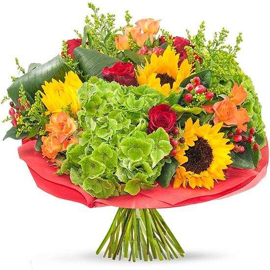 słoneczny bukiet, bukiet kwiatów w czerwonej kryzie, czerwone róże, słoneczniki, hortensja, zieleń dekoracyjna