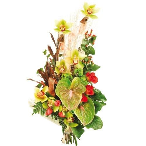 bukiet z anturium, anturium, tulipany, storczyki, santini, róże, hipericum i zieleń dekoracyjna