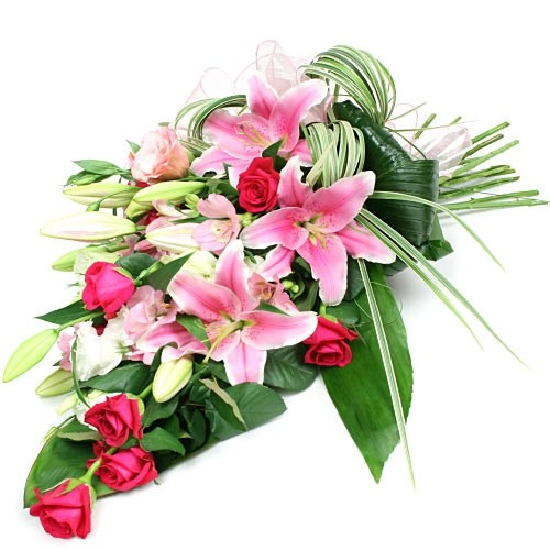 bukiet na zawsze razem, bukiet biało-różowy, różowe róże, różowe lilie, eustomy, zieleń dekoracyjna