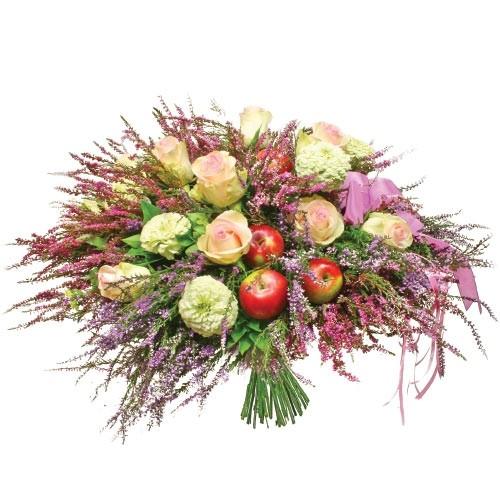 Bukiet z jabłkami, bukiet wrzosów z dodatkami, kwiaty i owoce w bukiecie