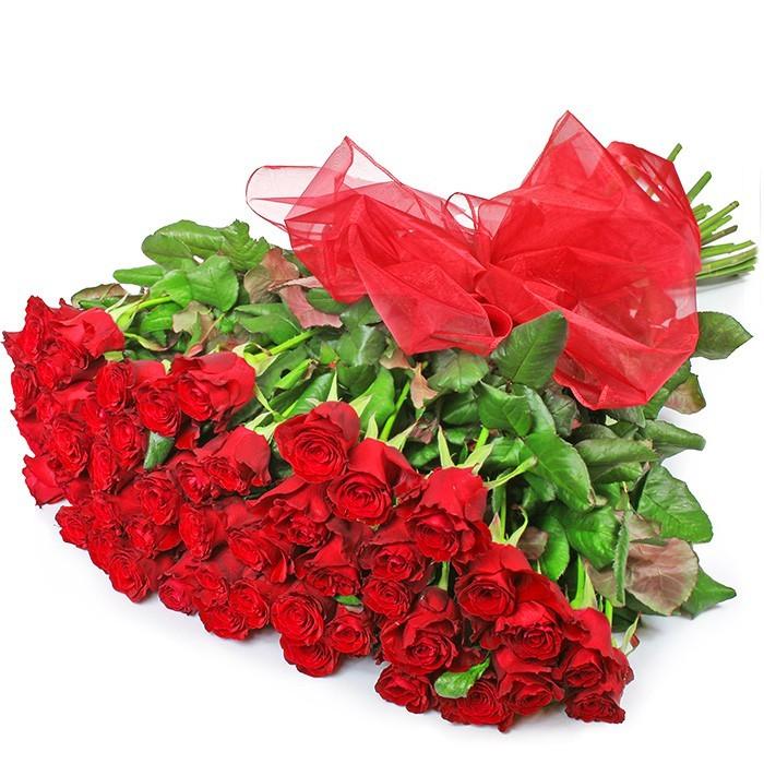 bukiet flamenco, bukiet róż, 50 czerwonych róż, bukiet z czerwoną organzą