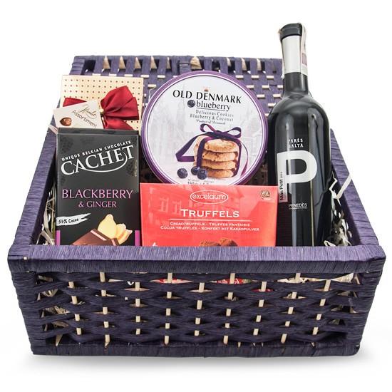 Zestaw Słodkie kontrasty, Wino czerwone Mas Petit z kakaowymi truflami i maślanymi ciasteczkami
