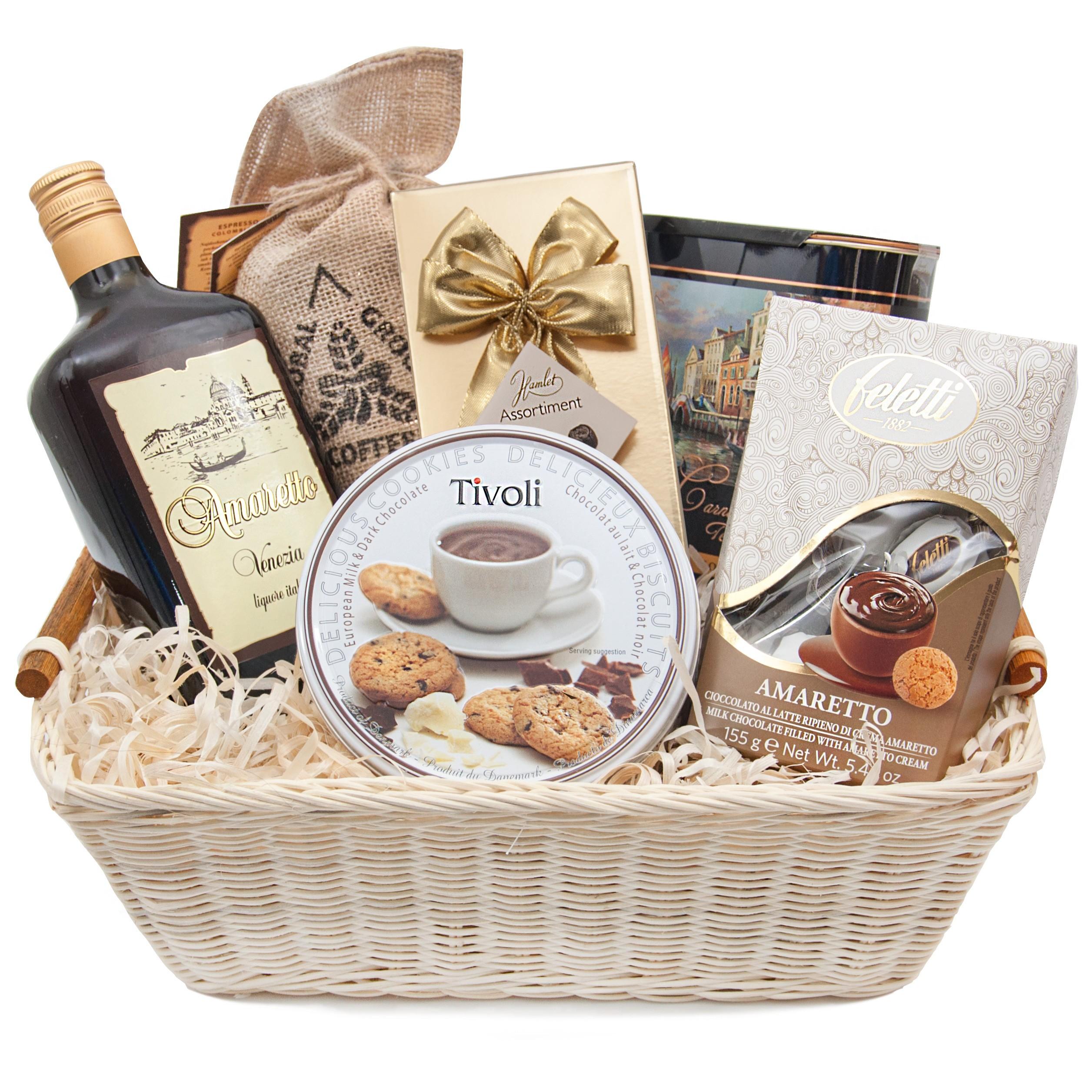Amaretto basket, Italian Amaretto liqueur with coffee and tea in a wicker basket