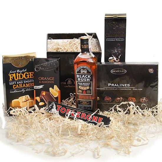 Męski prezent na Dzień Ojca, whiskey z różnorodnymi czekoladkami