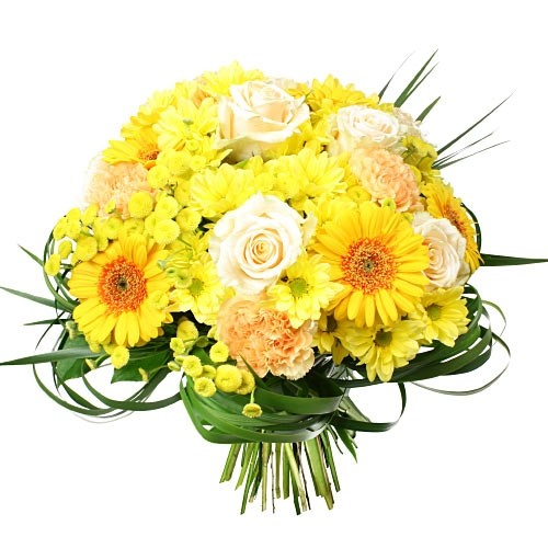 Bouquet of sunny years, bouquet of cream roses, carnation, gerberas, margaretes, grass