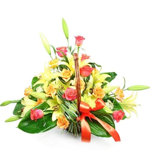 bukiet kwiatów, Rumieniące się piękno, kwiaty w wazonie, różowa gerbera, lilia peruwiańska
