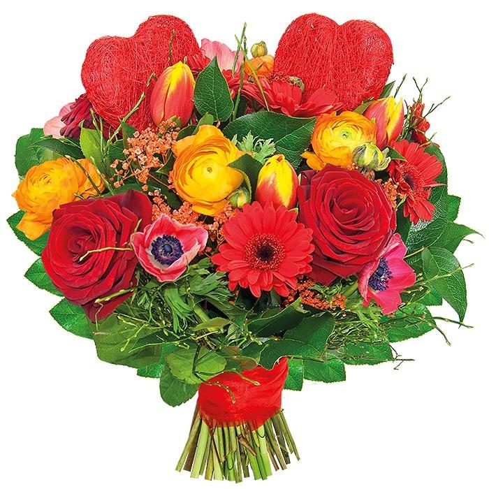 Bukiet Wspaniałe Chwile, gerbery, czerwone róże, jaskry, tulipany, anemon, serca sizalowe, gipsówka, zieleń dekoracyjna w bukiecie przewiązanym wstążką