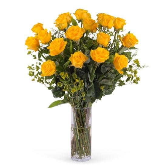 18 długich żółtych róż