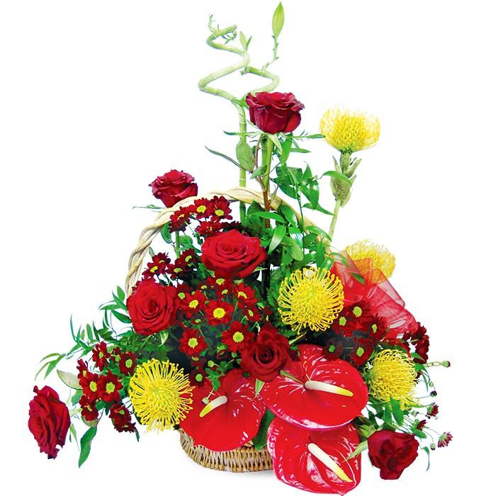 Bukiet czerwonych róż i czerwonych santini w koszu, kwiaty urodzinowe, Kompozycja dla solenizanta