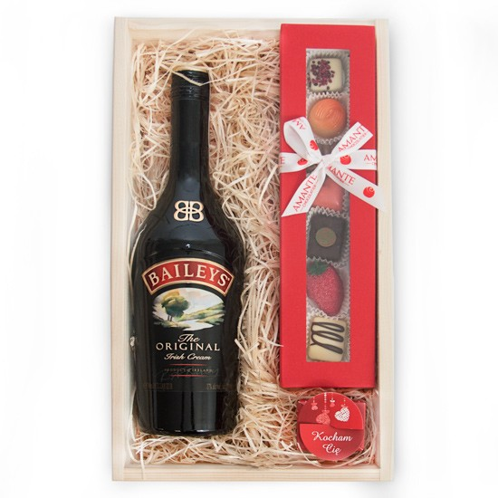 Strzała Amora, irlandzki likier baileys w drewnianej skrzynce z czekoladkami