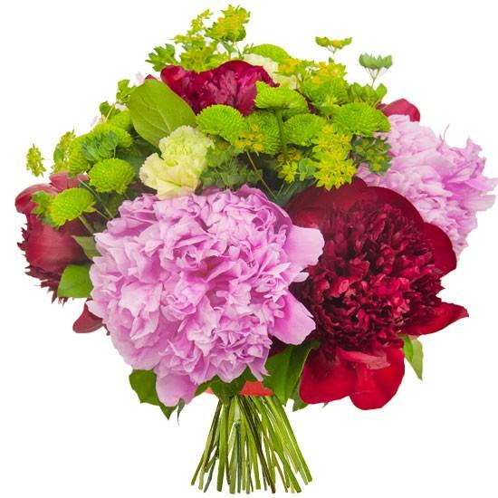 Kwiaty Matyldy, bukiet różowych piwonii, różowe i czerwone peonie w bukiecie
