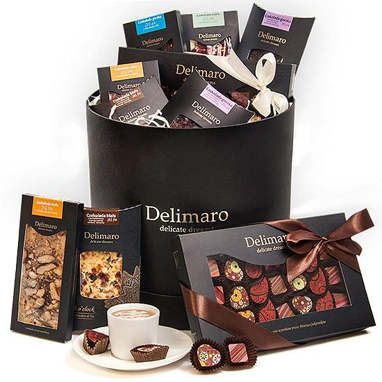 Czekoladowy zestaw Delimaro™, czekolady ręcznie robione i czekoladki w czarnym pudełku