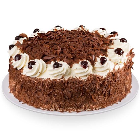 Tort szwarcwaldzki, biszkoptowe ciasto z bitą śmietaną i wiśniami