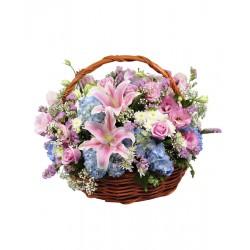 Kosz świeżych kwiatów