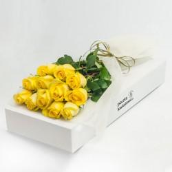12 żółtych róż