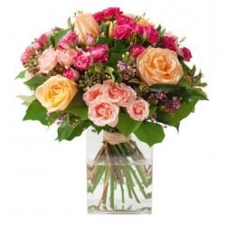 Bukiet Do Francji: Różowe i kremowe kwiaty Caresse