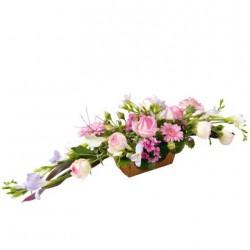 Kompozycja różowych kwiatów