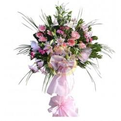 Kompozycja kwiatów okolicznościowych