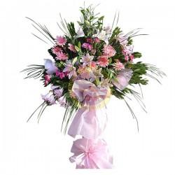 Aranżacja stojąca kwiatów