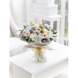 LARGE SOFT PASTELS SCENTED SYMPATHY HAND-TIED