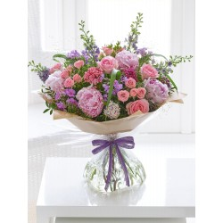 LARGE COTTAGE GARDEN HAND-TIED