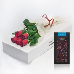 5 red roses with chocolate