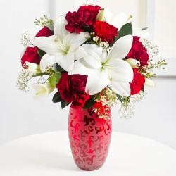 Romantyczny bukiet biało czerwony