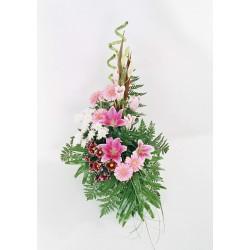Wysoka aranżacja kwiatów
