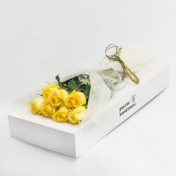 7 żółtych róż