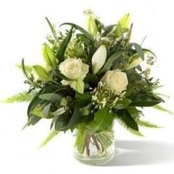 Bukiet kondolencyjny z lilii