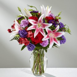 The Stunning Beauty™ Bouquet - VASE INCLUDED