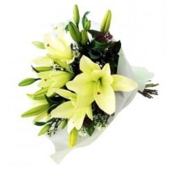 Bukiet białych lilii