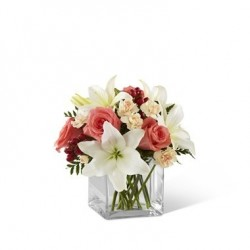 The Blushing Beauty Bouquet Vase included