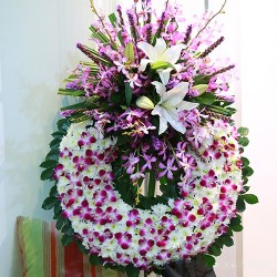 Wieniec pogrzebowy fioletowy i biały