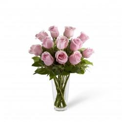 Bukiet długich różowych róż - z wazonem