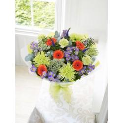Bukiet sezonowych kwiatów-wybór florysty