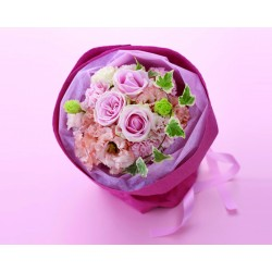 """""""Mother's Day"""" Pretty hand-tied bouquet in pink"""