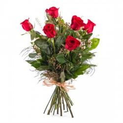 6 długich czerwonych róż