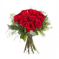 12 krótkich czerwonych róż