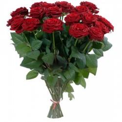 Klasyczny bukiet winnych róż