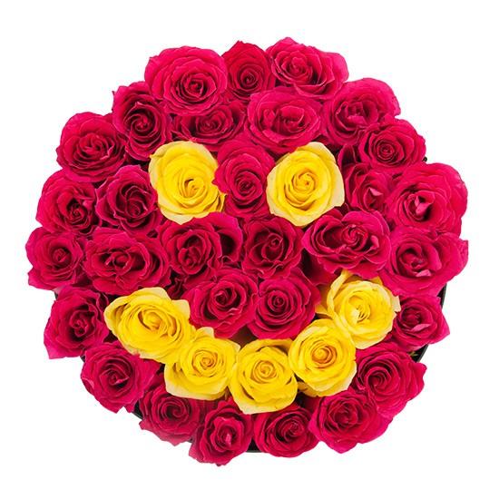 Uśmiech z róż w czarnym pudełku