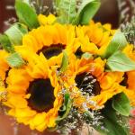 Jakie wybrać kwiaty do bukietu ślubnego w sierpniu?