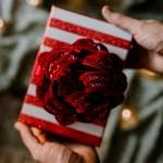 Najlepsze pomysły na podarunek do noworocznych życzeń