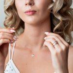 Jaką biżuterię podarować kobiecie?